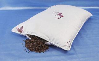Чем полезны подушки из гречневой лузги и как за ними ухаживать