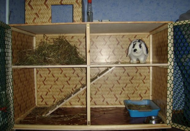Двухэтажная клетка для кролика