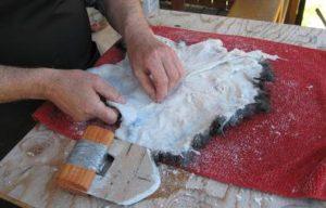 Как выделать шкуру в домашних условиях