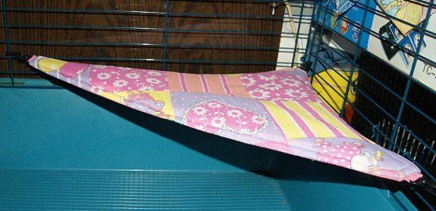 Угловой гамак для морской свинки
