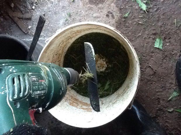 Измельчитель травы из дрели