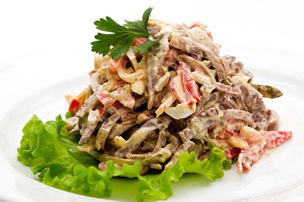 Салат с мясом куропатки